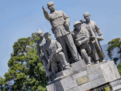 rich in history you can spend a full day exploring the sites of Xineg Khouang